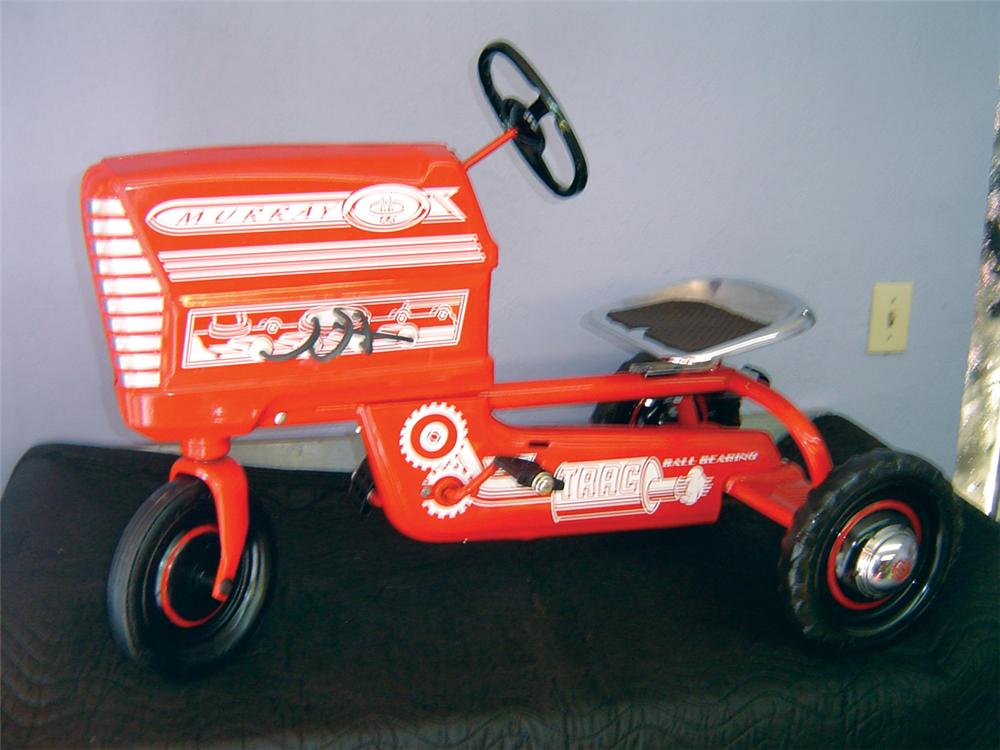 Choice 1950s-60s Murray pedal tractor restored with chrome seat and more. - Front 3/4 - 70375