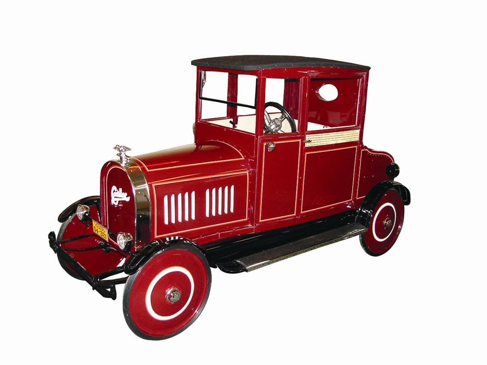 Museum quality 1924 restored Cadillac Sedan pedal car by Toledo. - Front 3/4 - 71341