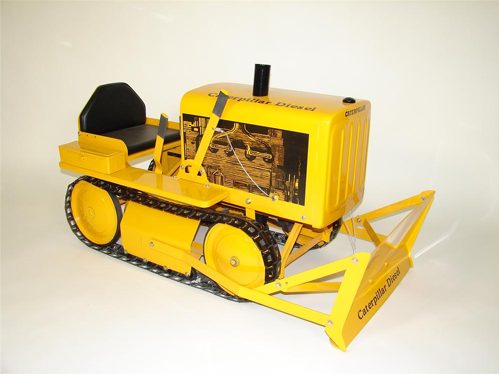 Scarce restored 1950s Caterpillar D-4 Diesel pedal tractor by AMF. - Front 3/4 - 71434