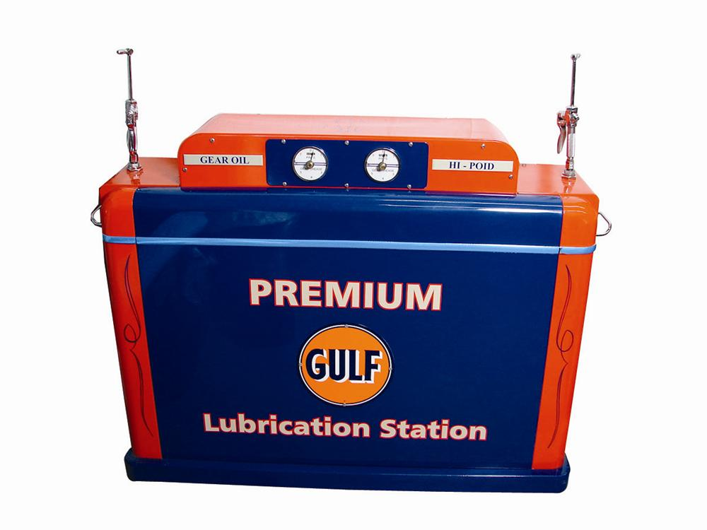 Magnificent 1940s Gulf Oil service department lubrication system by Lincoln Manufacturing. - Front 3/4 - 71437