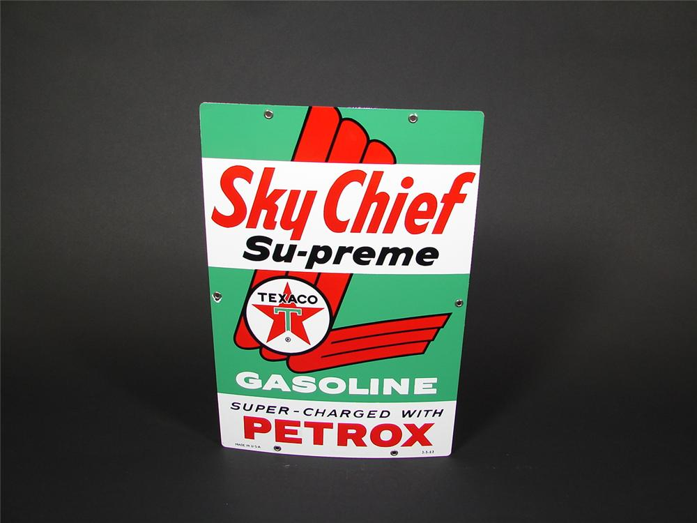 N.O.S. 1962 Texaco Sky Chief Supreme porcelain pump plate sign. - Front 3/4 - 71505