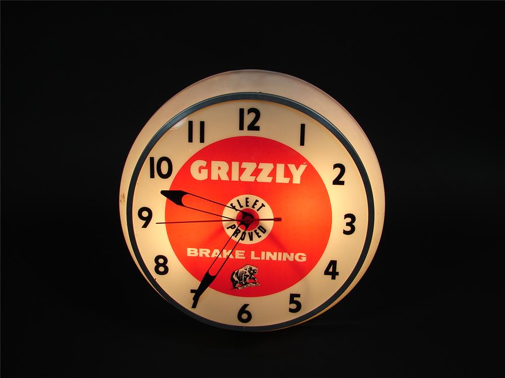 Choice late 50s-60s Grizzly Brake Lining light-up station clock. Lights and works perfectly! - Front 3/4 - 71528