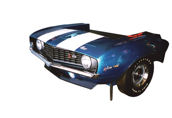 Outstanding 1969 Camaro Z-28 desk made from an original front end. - Front 3/4 - 72190