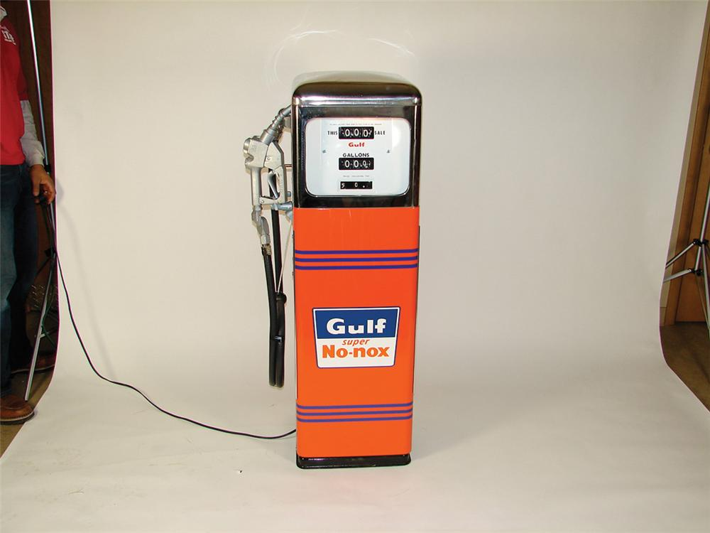 1950s Gulf Gasoline restored station pump manufactured by Southwest - Front 3/4 - 72249
