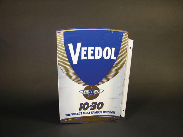 Veedol 10-30 Motor Oil double-sided tin garage flange. - Front 3/4 - 72279