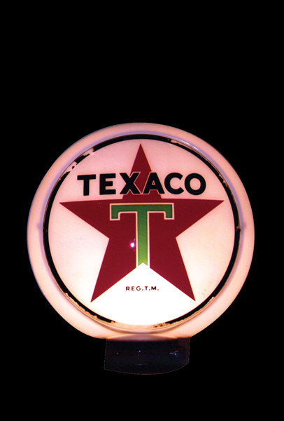 1940s-50s Texaco gas pump globe on wide body. - Front 3/4 - 72376