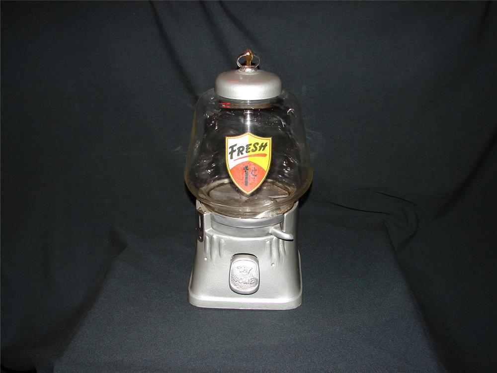 1940s Northwestern one cent general store gumball machine. - Front 3/4 - 73488