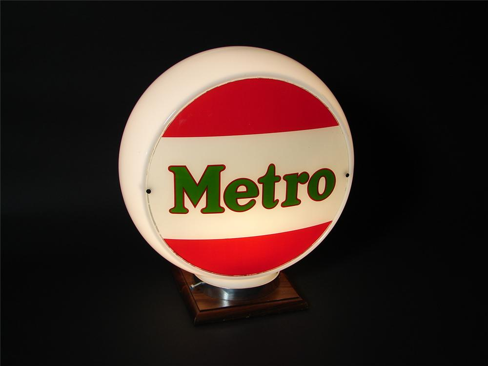 N.O.S. 1940s Metro Gasoline wide bodied gas pump globe. - Front 3/4 - 73508