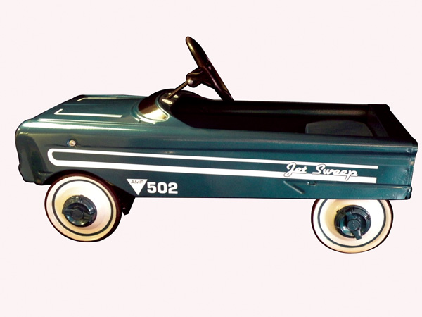 Restored AMF 502 Jet Sweep pedal car with padded seat. - Front 3/4 - 73819