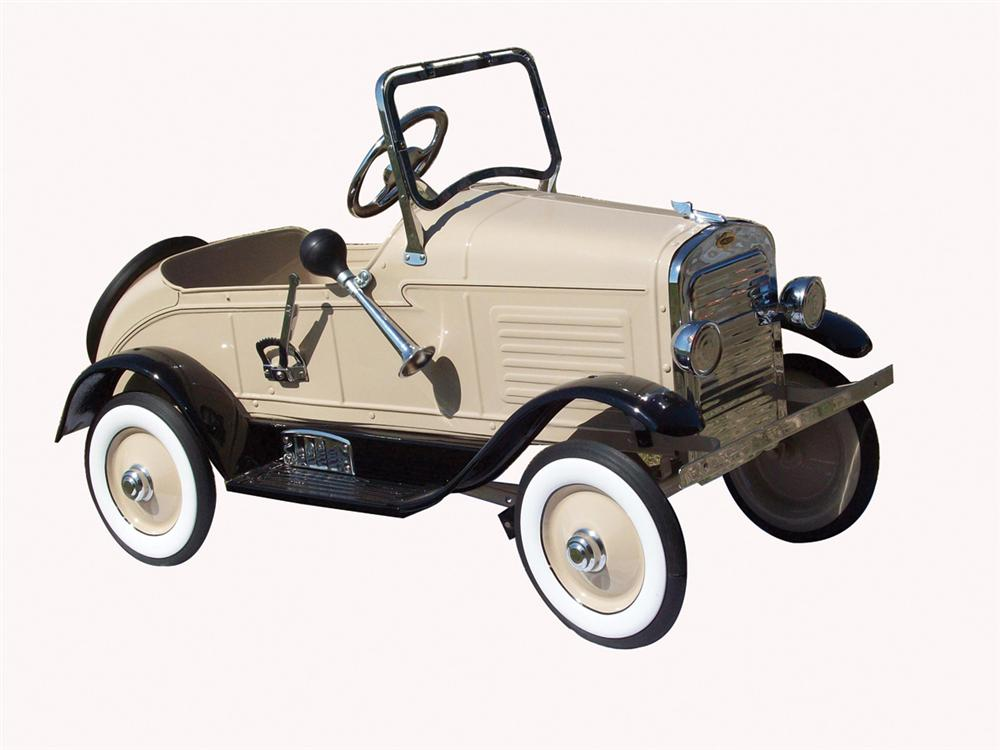 1929 Auburn roadster by Steelcraft.  A flawless restoration to original tan. - Front 3/4 - 74598