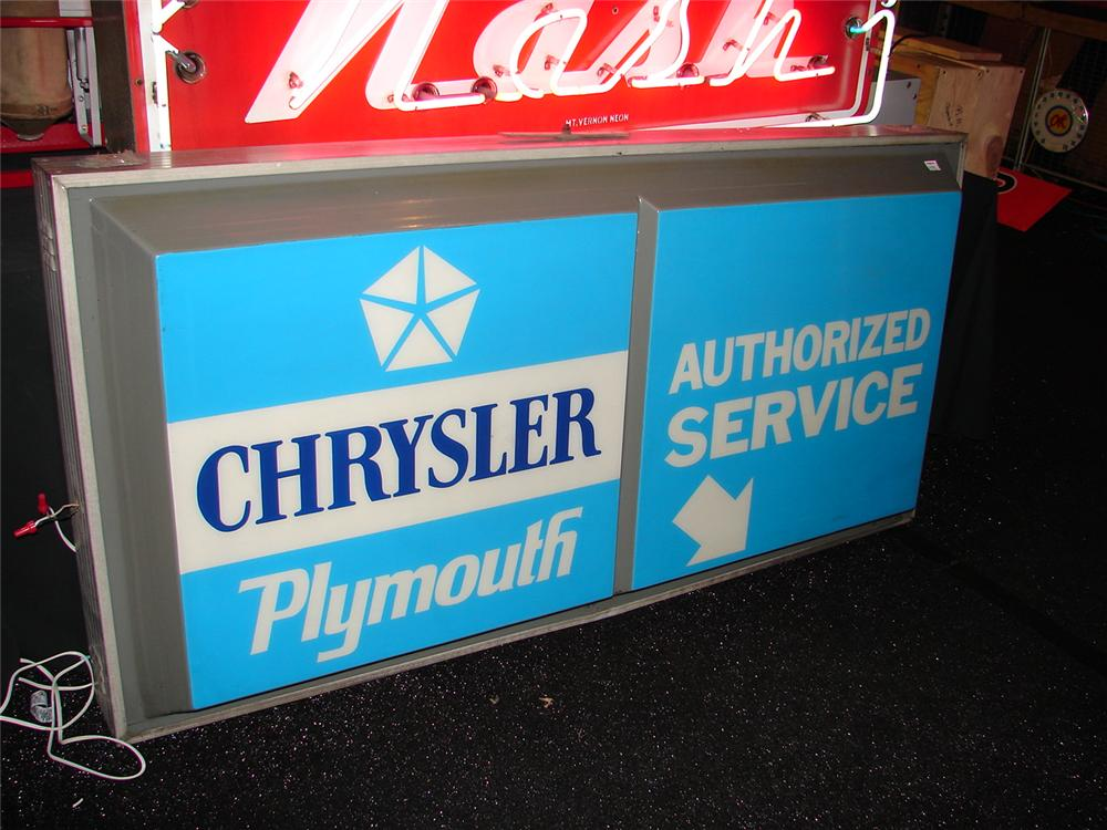 1970 Chrysler-Plymouth Authorized Service light-up ...
