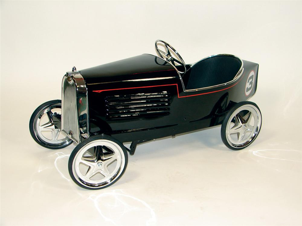 Incredible 1930s Bugatti restored boat tail racer pedal car by Bernasse. - Front 3/4 - 75644