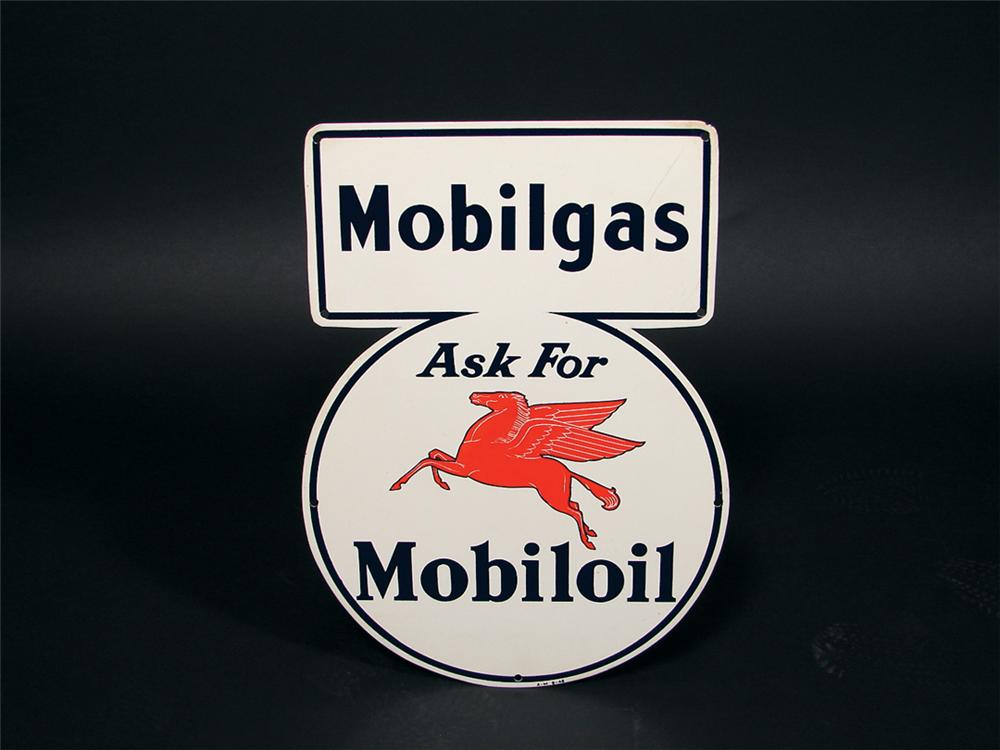 Super clean N.O.S. 1946 Mobilgas Mobil Oil single-sided tin lubester sign. - Front 3/4 - 75782