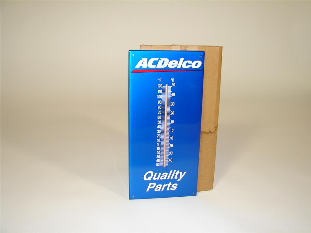 N.O.S. AC Delco metal garage thermometer still in the original shipping box. - Front 3/4 - 79351