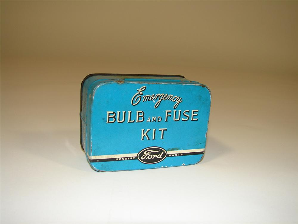 Hard to find 1930s Ford Emergency Bulb and Fuse Kit. - Front 3/4 - 79391
