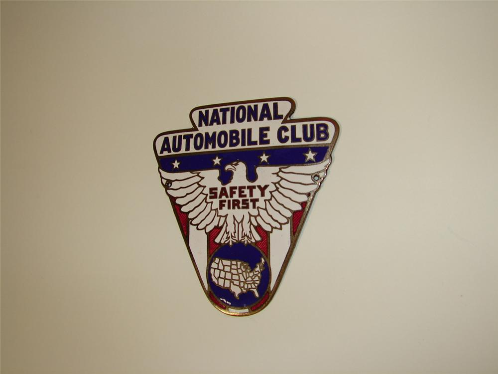 Outstanding 1930s National Automobile Club enameled radiator badge. - Front 3/4 - 79392