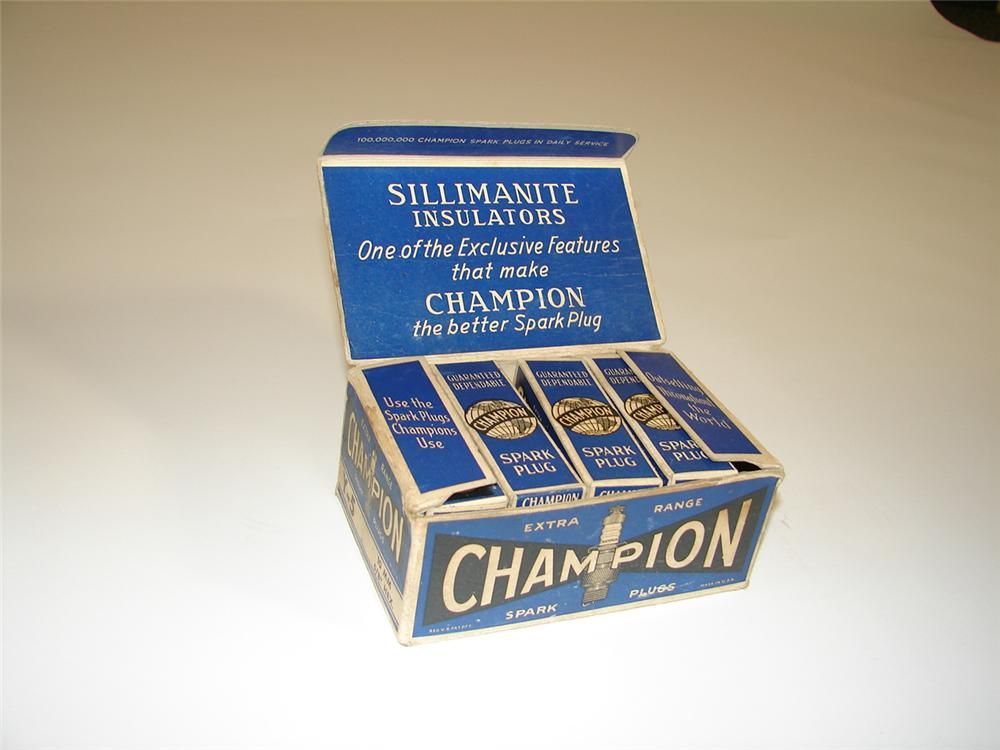 1930s Champion Spark Plugs counter-top display box filled with original N.O.S. plugs. - Front 3/4 - 79394