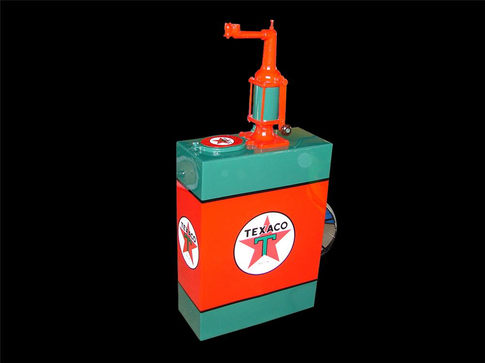 Magnificently restored late 20s-early 30s Texaco service station 30 gallon hand crank oil lubester. - Front 3/4 - 79421