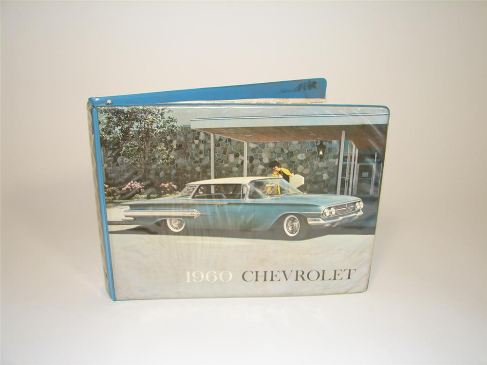 1960 Chevrolet showroom sales dealer catalog. - Front 3/4 - 79489