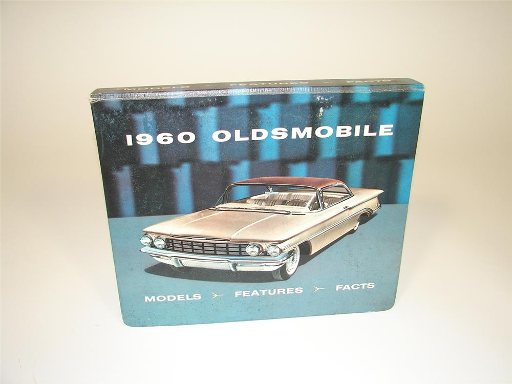 Hard to find 1960 Oldsmobile showroom sales dealer catalog. - Front 3/4 - 79493