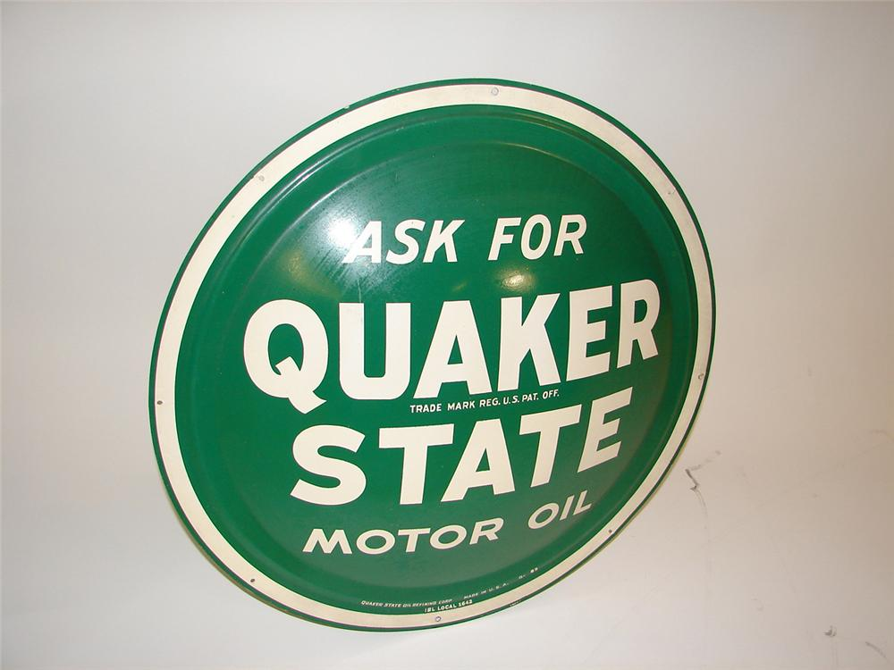 N.O.S. 1950s Quaker State Motor Oil convex shaped bulls-eye sign. Appears to have never been used. - Front 3/4 - 81502
