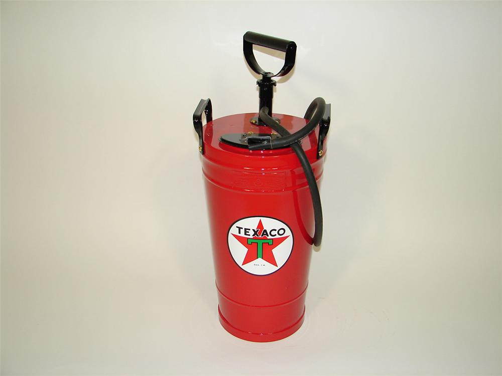 Neat 1930s Texaco Service Department restored fire extinguisher. - Front 3/4 - 82077