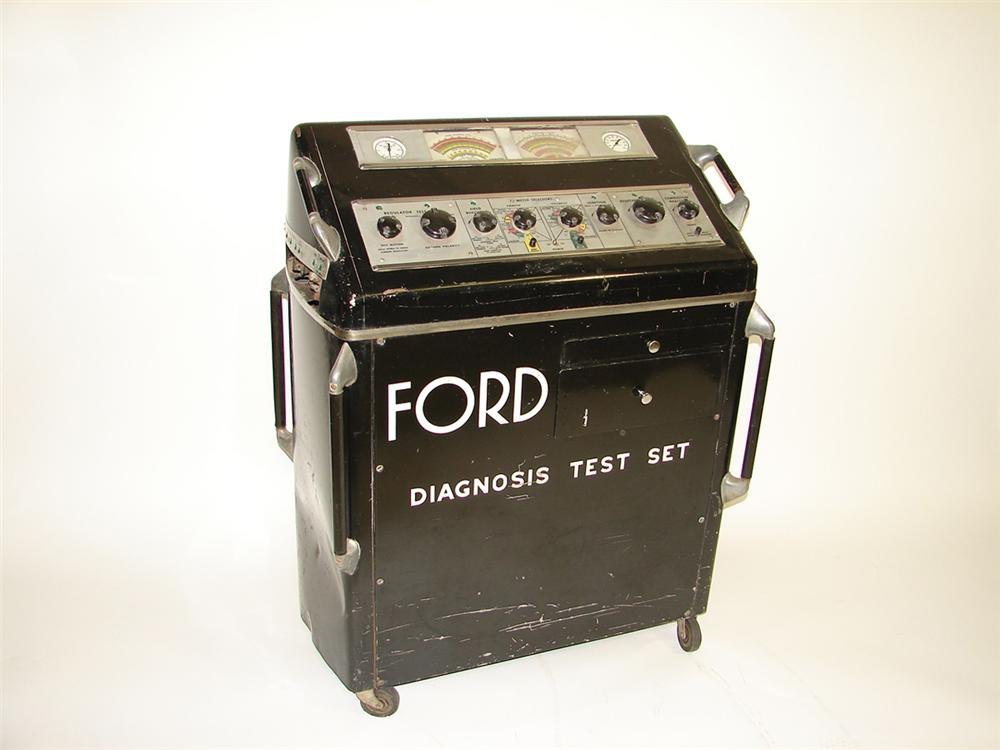 Impressive 1940s-50s All original Ford Service Department Diagnosis Test Set with bakelite knobs. Museum quality. - Front 3/4 - 82081