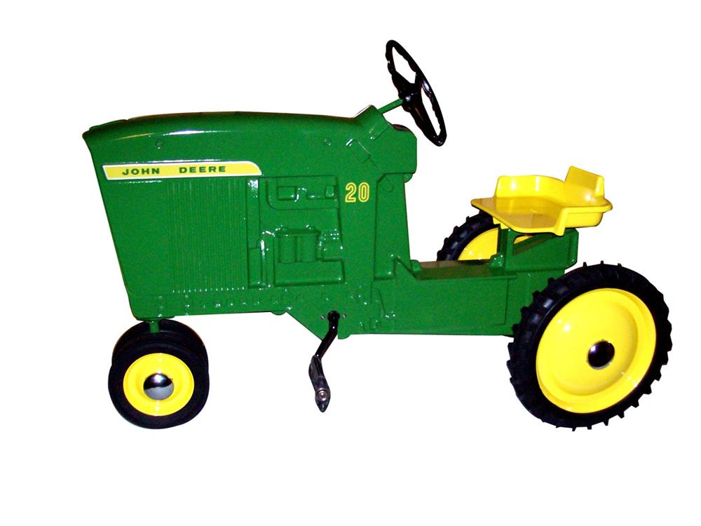 Hard to find 1964 John Deere 20 by Ertel pedal tractor. - Front 3/4 - 82472