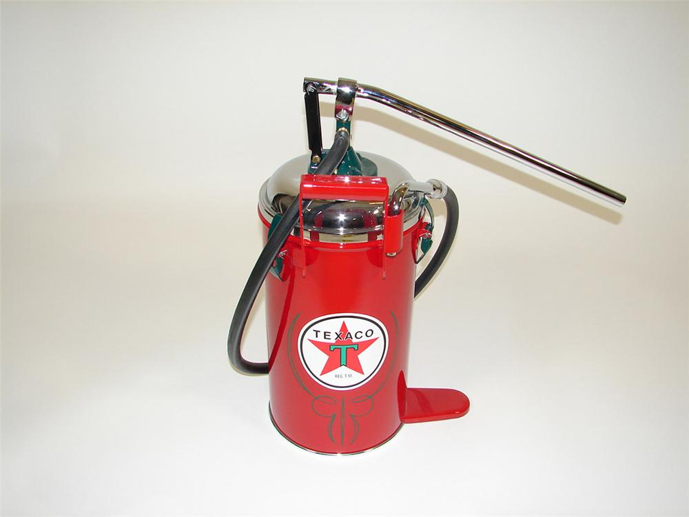 Killer 1940s Texaco Service Station 5 gallon hand pump greaser. - Front 3/4 - 82550