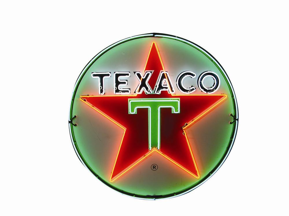 Awesome late 1950s Texaco single-sided porcelain Serice Station sign with animated neon. - Front 3/4 - 82573