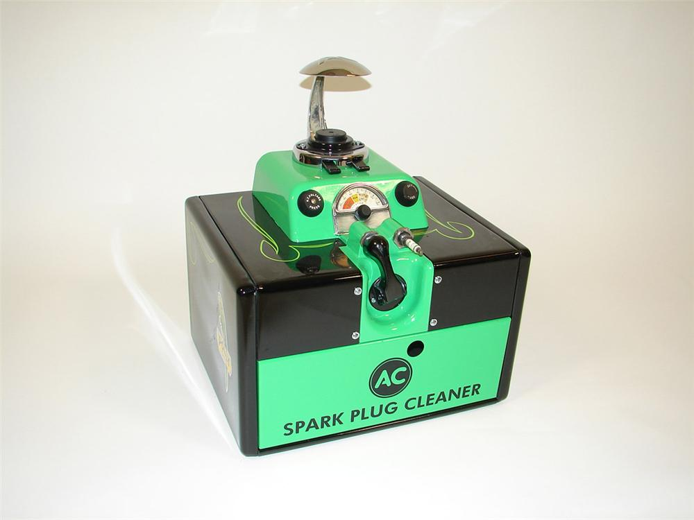 Exceptional 1940s AC Spark Plugs garage counter-top cleaner restored in Polly Gas regalia. - Front 3/4 - 82760