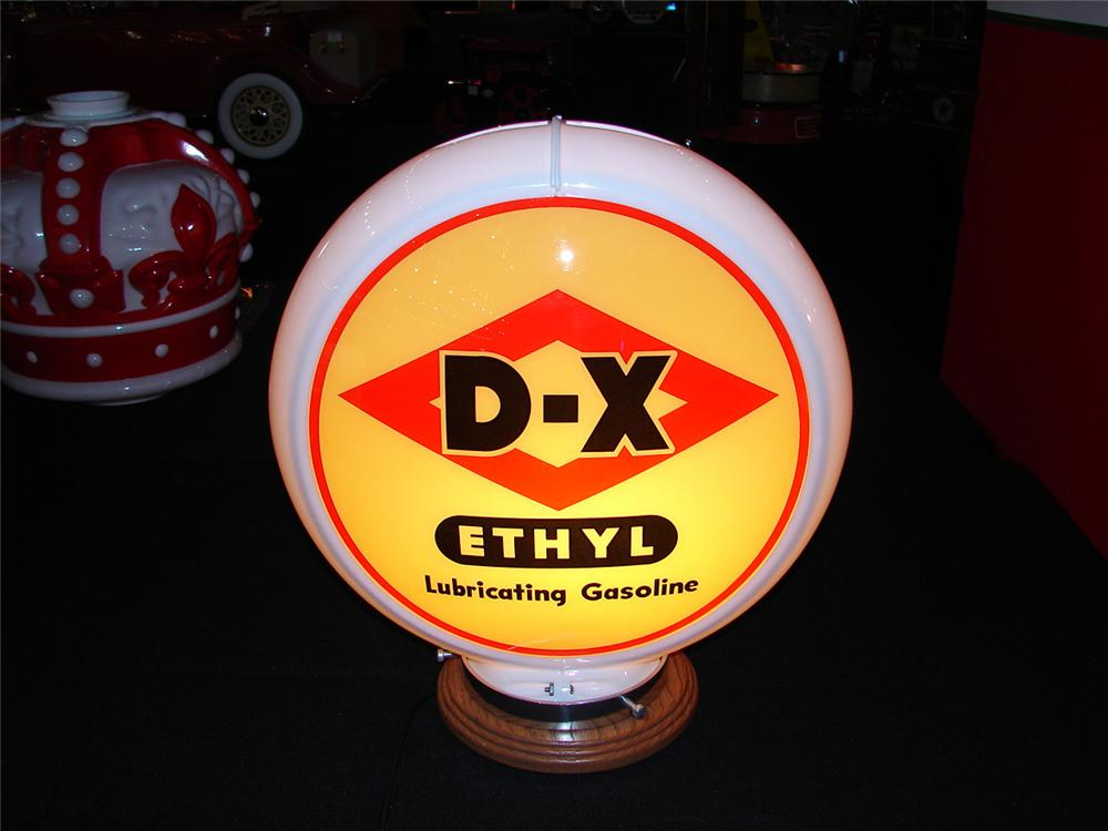 Near perfect 1950s DX Ethyl Lubricating Gasoline plastic bodied glass faced gas pump globe. - Front 3/4 - 85537