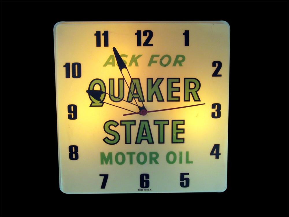 Very nice 1960s Quaker State Motor Oil light-up service garage clock. - Front 3/4 - 89262