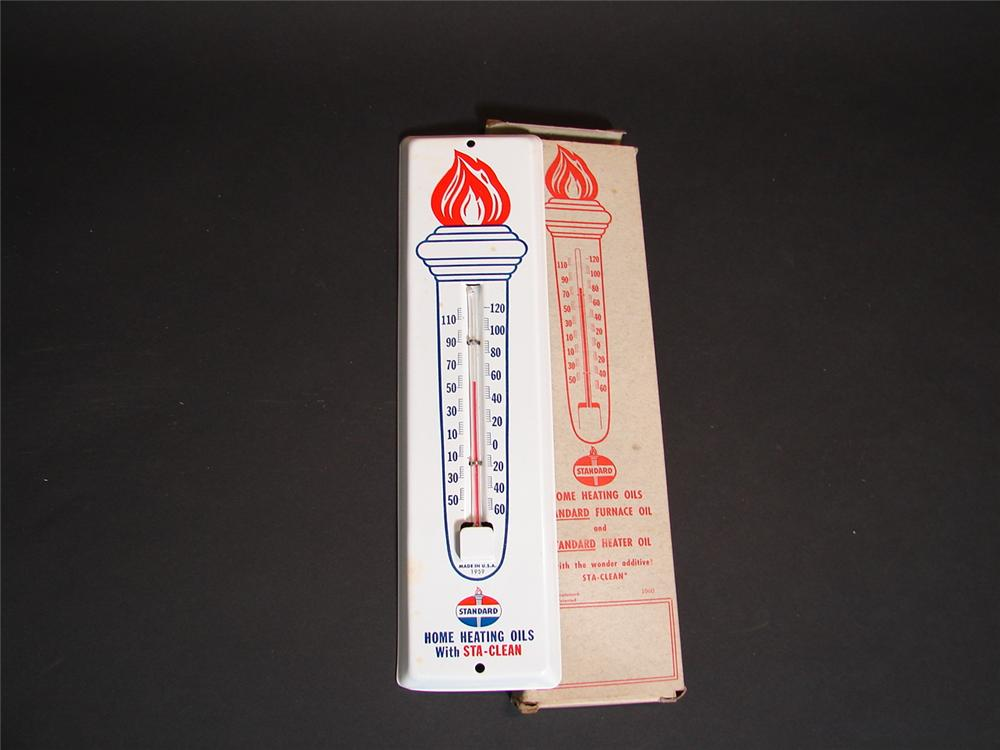 N.O.S. 1959 Standard Heating Oils tin painted garage thermometer still in the original box. - Front 3/4 - 89367