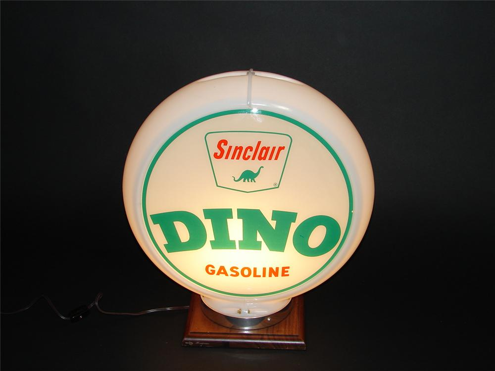 Late 1950s Sinclair Dino Gasoline plastic bodied gas pump globe with glass lenses. Very nice. - Front 3/4 - 89391