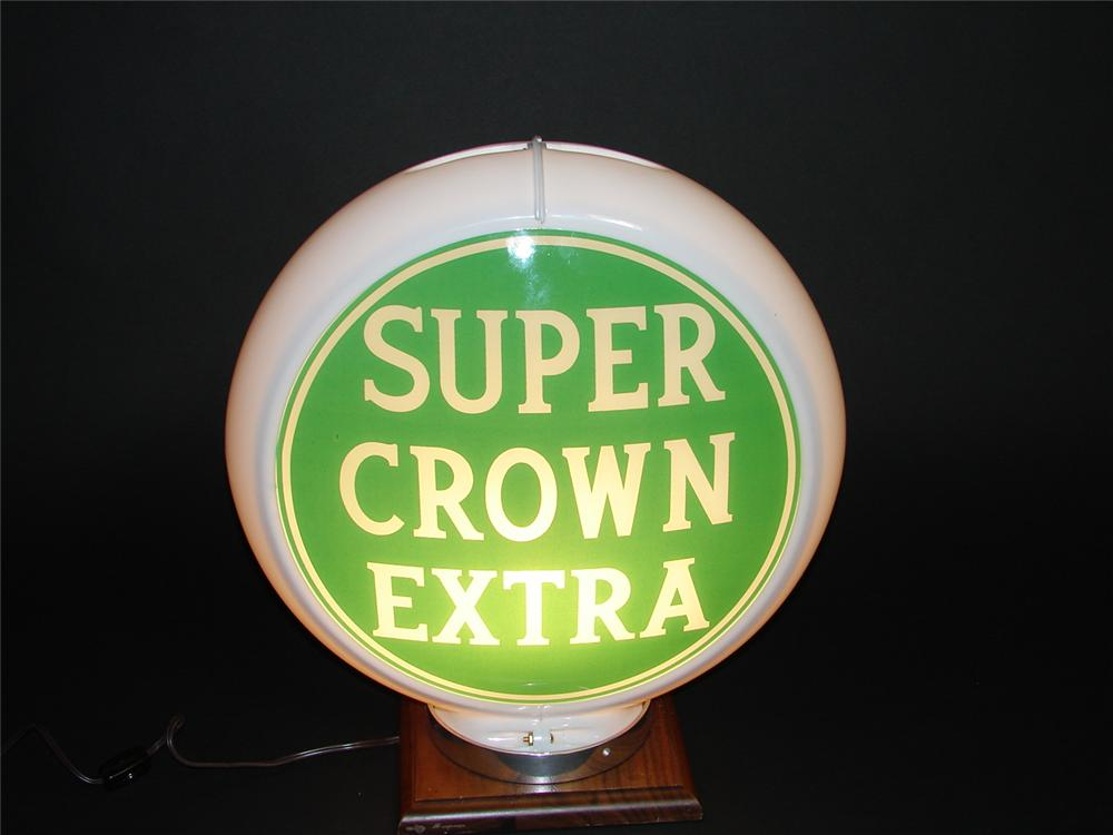 Extremely hard to find Super Crown Extra plastic bodied gas pump globe. - Front 3/4 - 89392