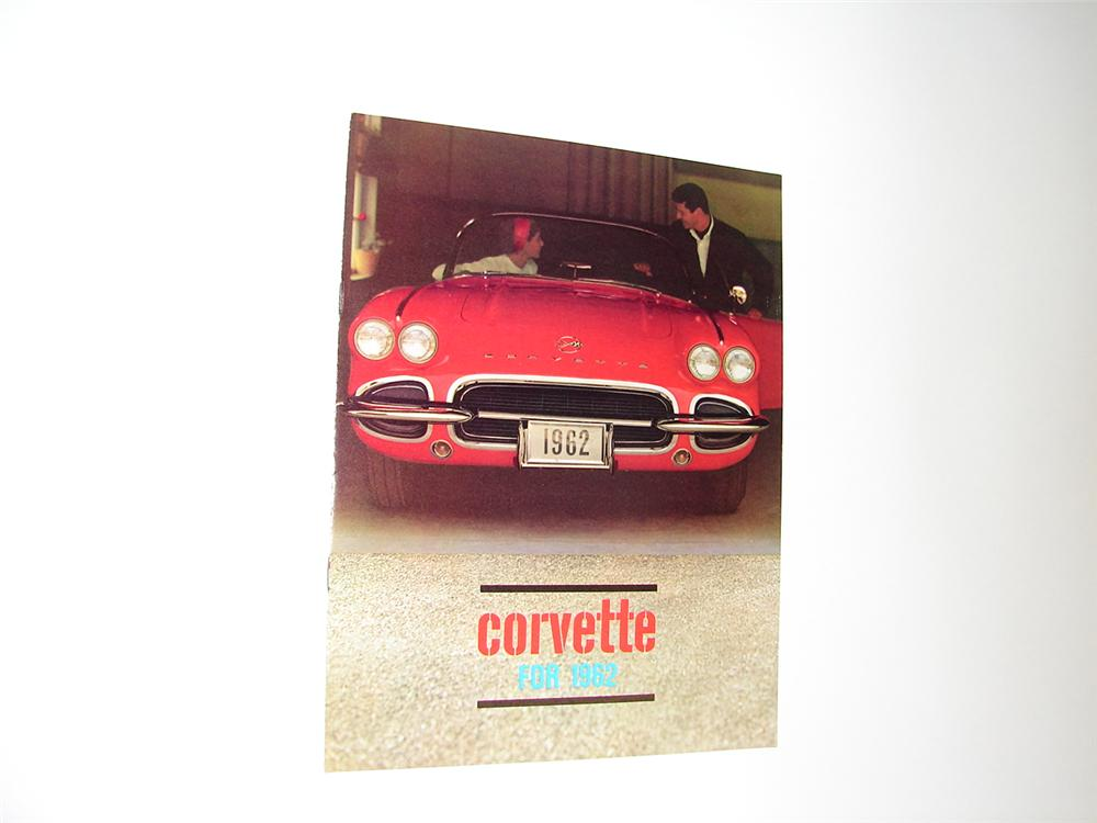 N.O.S. 1962 Corvette 8 page color sales brochure. - Front 3/4 - 89400