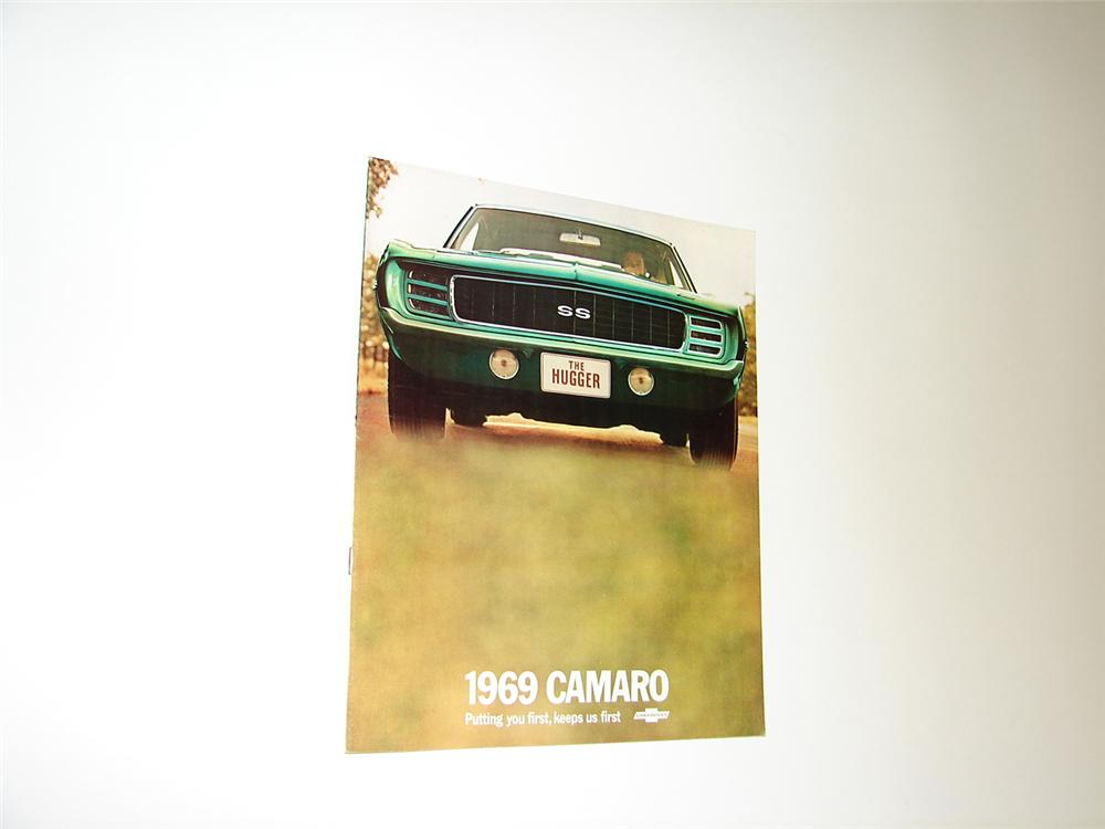 Killer N.O.S. 1969 Chevrolet Camaro 16 page over-sized prestige sales brochure. - Front 3/4 - 89408