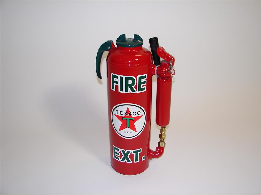 Choice 1940s restored Texaco Service Station fire extinguisher. - Front 3/4 - 89433