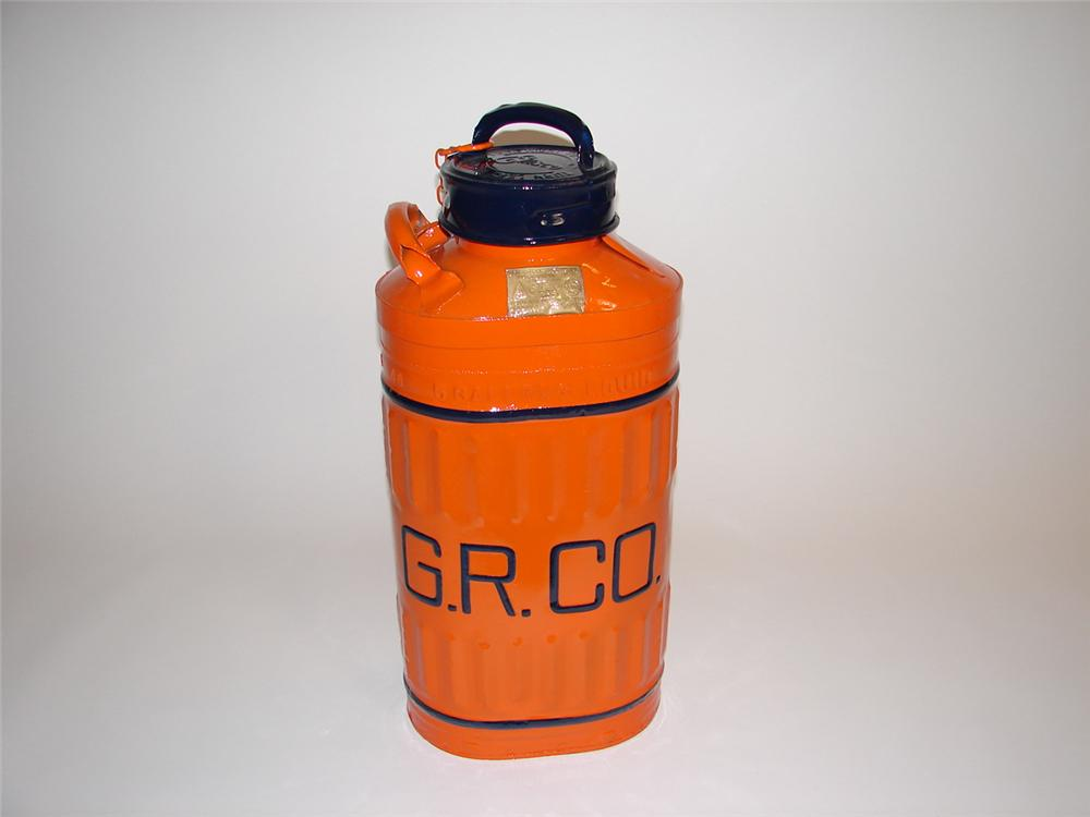 1920s Ellisco 5 gallon Gulf Refining Company oil/gas gas with embossed lettering. - Front 3/4 - 89438