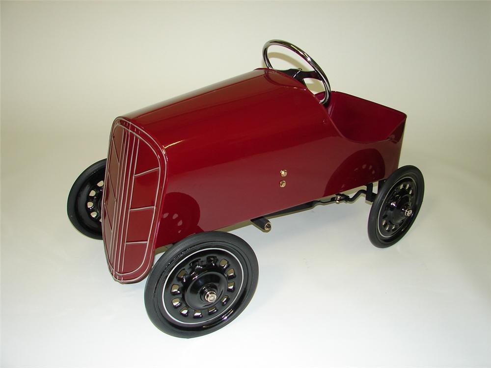 Spectacular 1930s Gendron Boat Tail Racer restored pedal car. - Front 3/4 - 89496