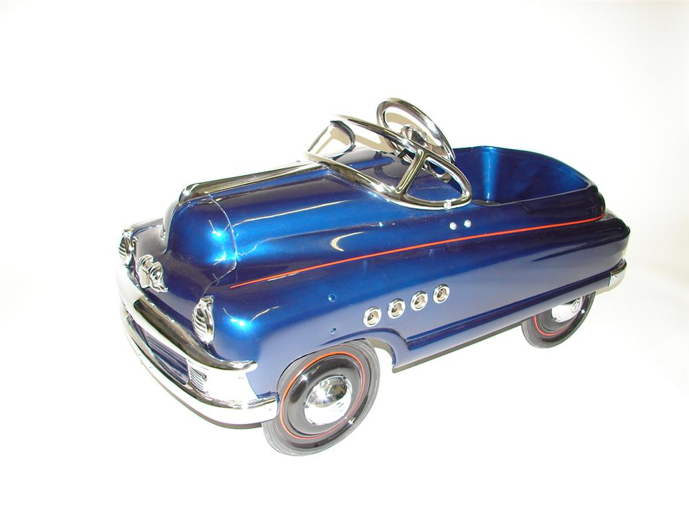 Killer 1940s Buick Roadmaster pedal car by Murray professionally restored to day one. - Front 3/4 - 89497