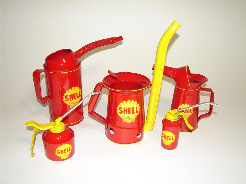 Lot of five restored vintage Shell Oil service department oilers. - Front 3/4 - 91249