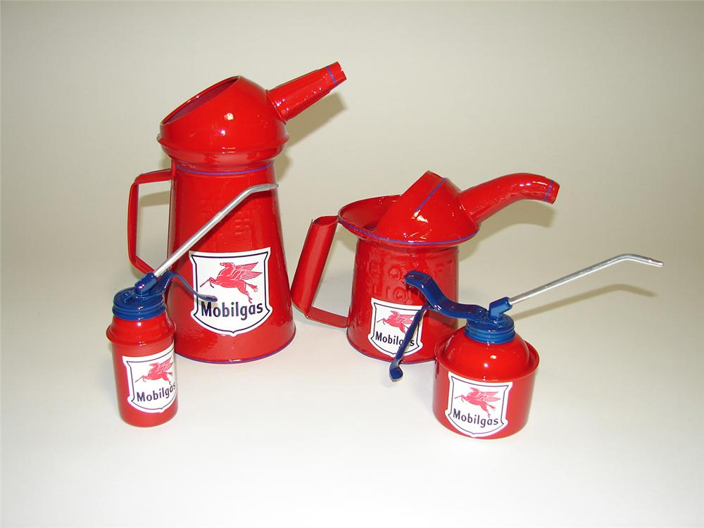 Lot of four restored vintage Mobil Oil service department oilers. - Front 3/4 - 91253