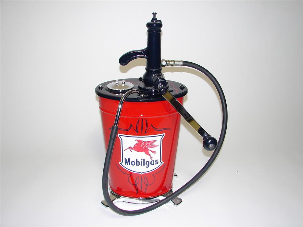 Beautiful 1930s Mobilgas five gallon hand crank greaser. Impressive restoration with chrome and pin-striped accents. - Front 3/4 - 91274