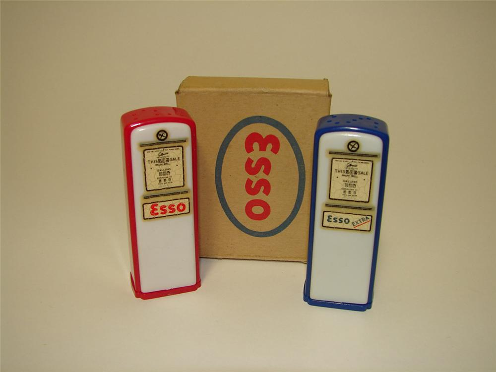 N.O.S. 1950s Esso Gasoline promotional gas pump shaped Salt and Pepper shakers still in the original box. - Front 3/4 - 91336