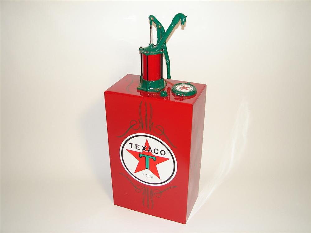 Professionally restored 1920s-30s Texaco Service Station 15 gallon hand pump lubester. - Front 3/4 - 91413
