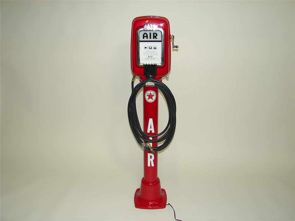 Fabulous 1940s-50s restored Texaco service station Eco Air-Meter tire-flator. - Front 3/4 - 91469