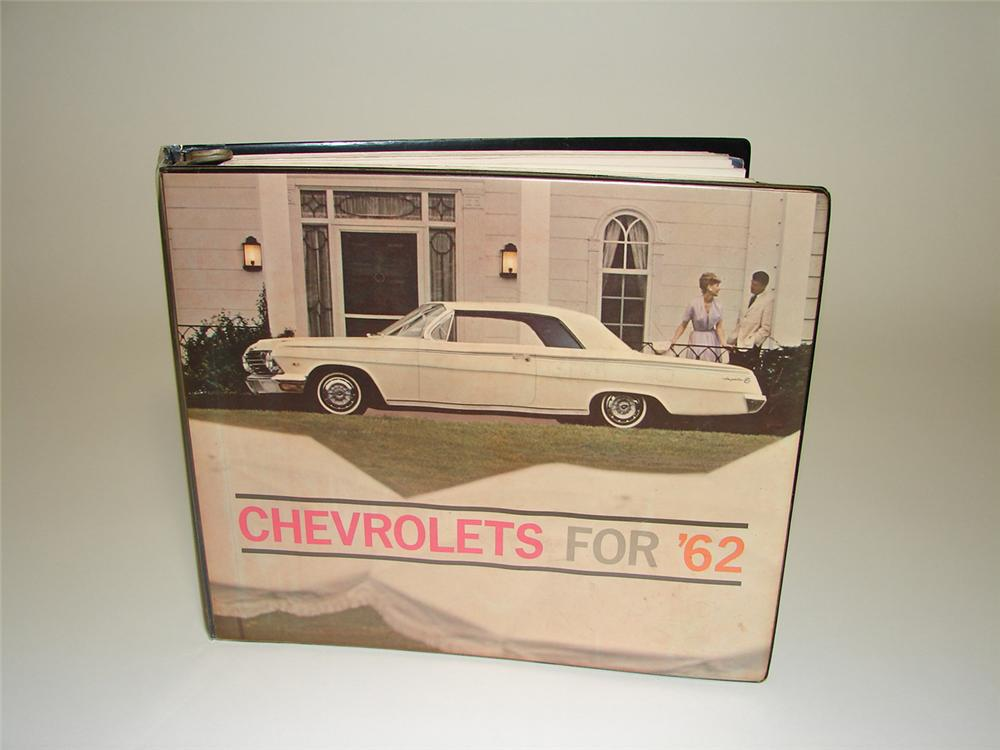 Wonderful Chevy for 1962 dealership showroom sales catalog complete with fabric and color samples. - Front 3/4 - 91552