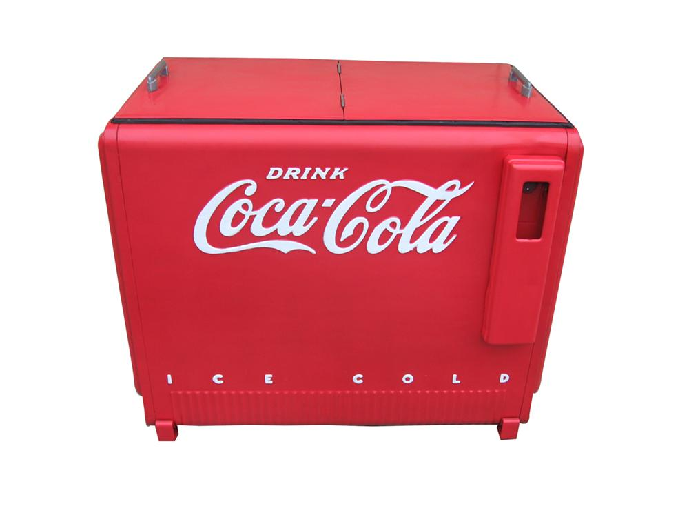 Choice 1940s Westinghouse Coca-Cola bottle cooler with lift up embossed lids. - Front 3/4 - 91617
